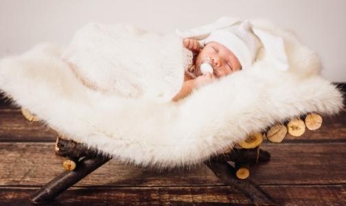Фото №1 - За полгода Петербург «недосчитался» 3 тысяч новорожденных