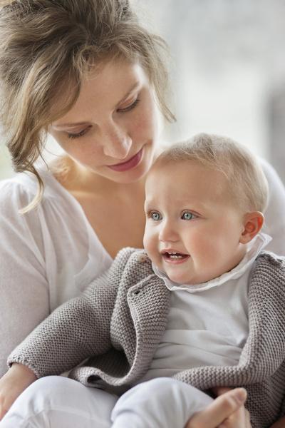 Фото №2 - Забота или гиперопека? Как с рождения приучить ребенка к самостоятельности