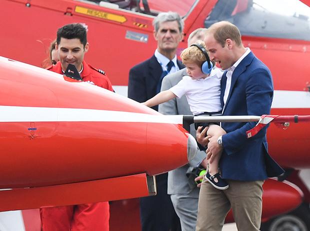 Фото №11 - Кризис трех лет по-королевски: принц Джордж показал характер
