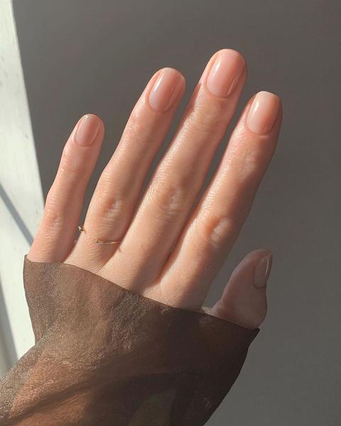 Фото №4 - Кистями, спонжем или пальцами: чем лучше делать макияж