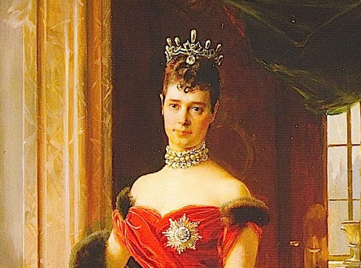 Фото №37 - Утраченные сокровища Империи: самые красивые тиары Романовых (и где они сейчас)