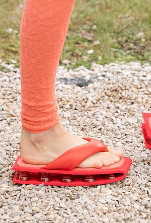 Фото №28 - Самая модная обувь весны и лета 2021: советы дизайнеров
