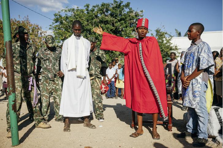 Фото №5 - И в Африке Пасха: мистерия «Крестный путь» в Мозамбике