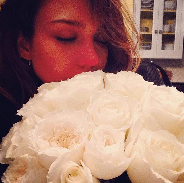Фото №17 - Звездный Instagram: Знаменитости и цветы