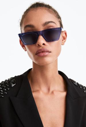Фото №8 - Очки для лета: самые модные модели 2020