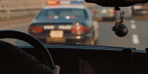 Фото №1 - 5 пасхалок из клипа Майли Сайрус «Nothing Breaks Like a Heart», которые ты могла не заметить