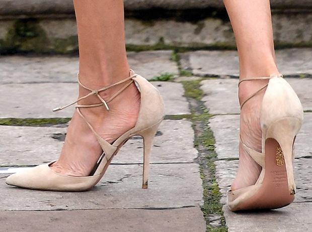 Фото №12 - Три причины, почему Меган Маркл выиграет модную битву у Кейт Миддлтон