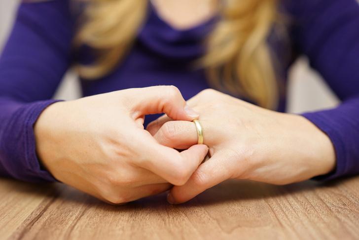 Фото №1 - Женщины чаще инициируют развод, чем мужчины