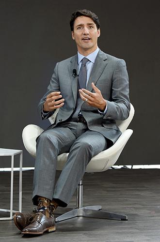 Фото №15 - Джастин Трюдо и его «носочная дипломатия»