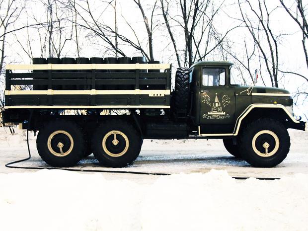 Фото №2 - Почему у советских грузовиков такие странные колеса