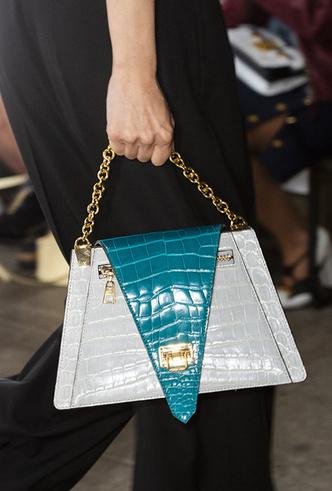 Фото №25 - Самые модные сумки сезона весна-лето 2019