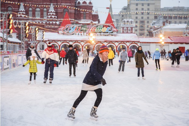 Фото №3 - Новогоднее настроение ON! 🎅28 ноября открывается ГУМ-Каток на Красной площади