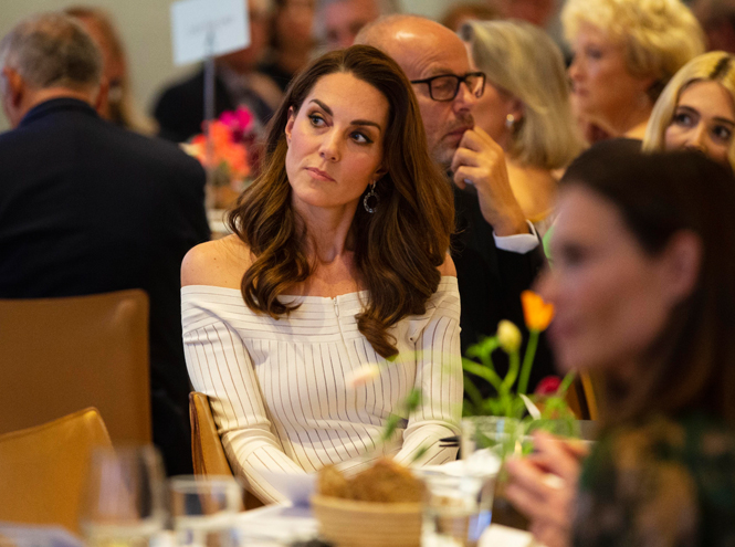 Фото №6 - Герцогиня Кейт выступила в поддержку наркозависимых