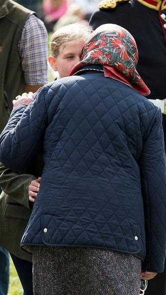 Фото №5 - Особое положение: почему Королева всегда была ближе с младшими внуками, а не со старшими