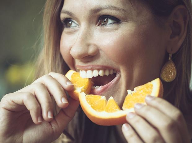 Фото №1 - Продукты, которые вредят здоровью зубов