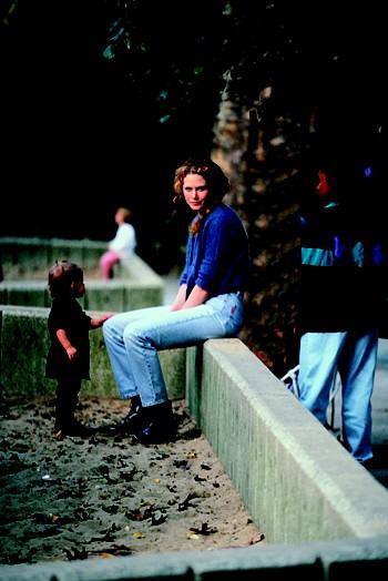Николь Кидман (Nicole Kidman) в центральном парке Нью-Йорка с дочерью Изабеллой.