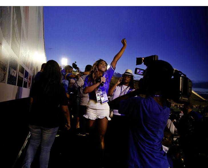 Фото №8 - Рабочий момент: Танцуют все