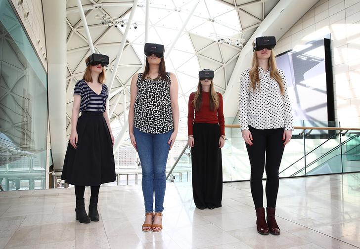 Фото №1 - 5 необычных применений виртуальной реальности— от свадьбы до встречи с покойными родственниками (видео прилагаются)