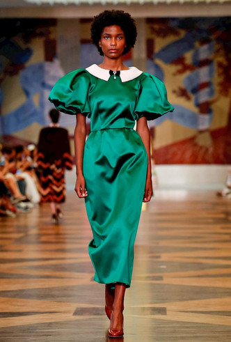 Фото №4 - Единороги в СССР: Ulyana Sergeenko Couture FW18