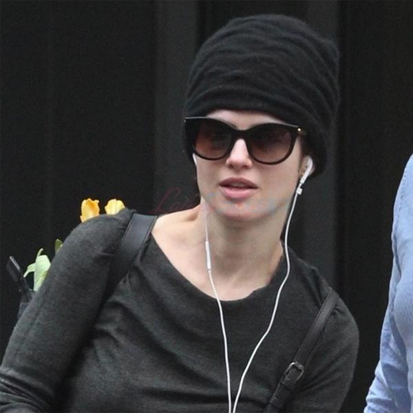 Фото №5 - Что общего у Нери Оксман и Анджелины Джоли?
