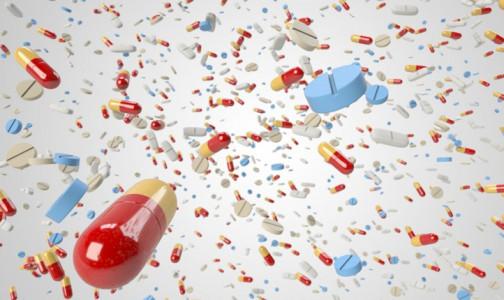 Фото №1 - Врачи не советуют пить витамины во время вирусных заболеваний, в том числе, COVID-19