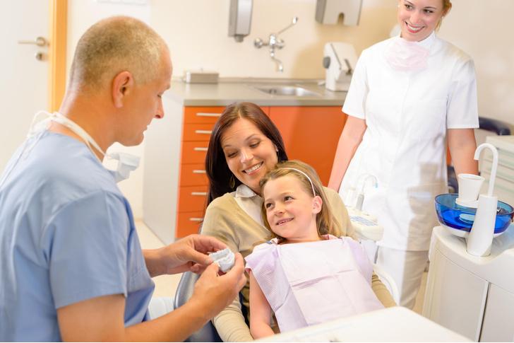 Фото №3 - 8 наивных вопросов про детские зубки