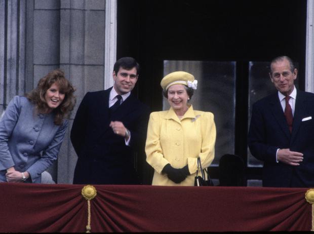 Фото №9 - Как принцесса Диана вносила разлад в брак Елизаветы II и принца Филиппа