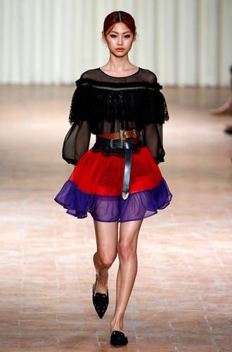 Фото №13 - 10 весенних трендов с Недели моды в Милане