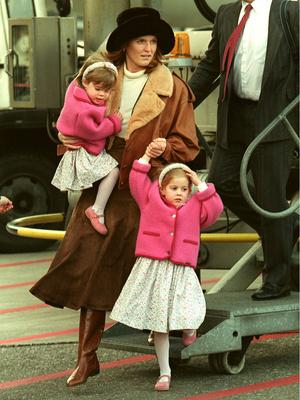 Фото №3 - Гнев Королевы: из-за чего Беатрис и Евгении однажды пришлось спешно покинуть Балморал