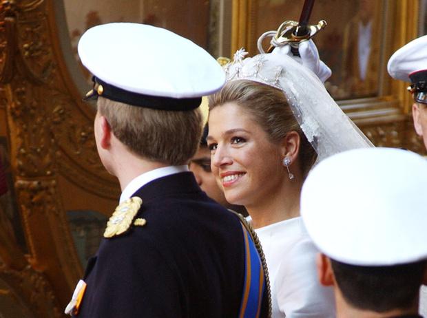 Фото №67 - Самые трогательные моменты королевских свадеб (о Гарри и Меган мы тоже не забыли)