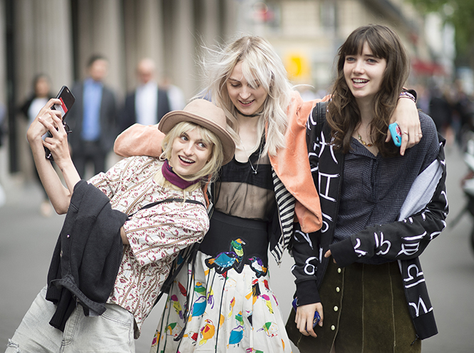 Фото №16 - Неделя Высокой моды в Париже: Street style