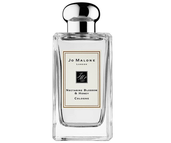 Фото №4 - Что подарить на Новый год: парфюмерный гид MAXIM