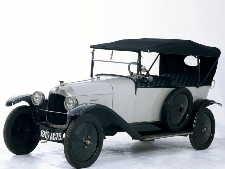 Фото №5 - От зубцов и боеприпасов до автомобиля Фантомаса: история и современность Citroën