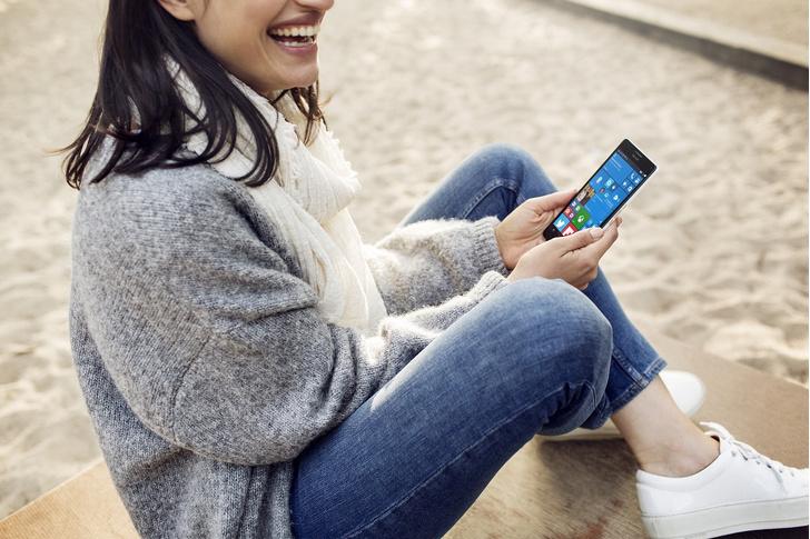 Фото №1 - Премиальные смартфоны Microsoft - для работы и путешествий