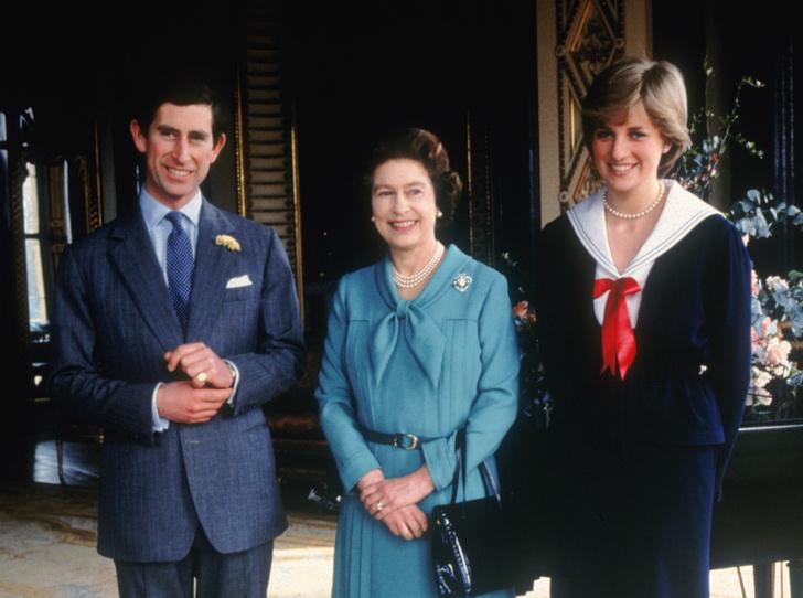 Фото №2 - Как Королева отреагировала на новость об изменах принца Чарльза