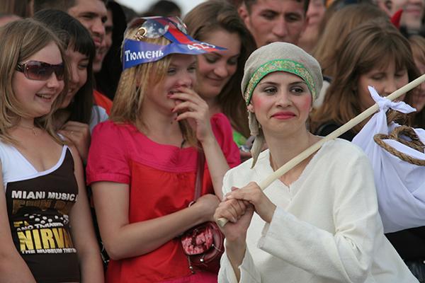 театр Мимикрия Сны улиц перформанс Город снов
