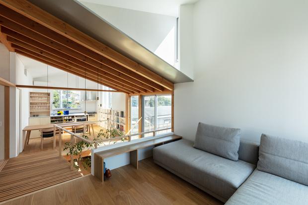 Фото №4 - Современный дом с атриумом в Японии