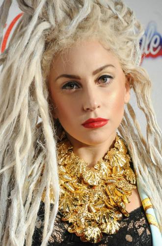 Фото №18 - Как хорошела Леди Гага: все о громких бьюти-экспериментах звезды