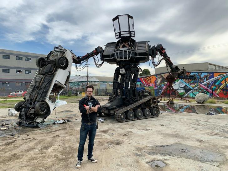 Фото №1 - Спеши купить: на eBay продают 15-тонного боевого робота