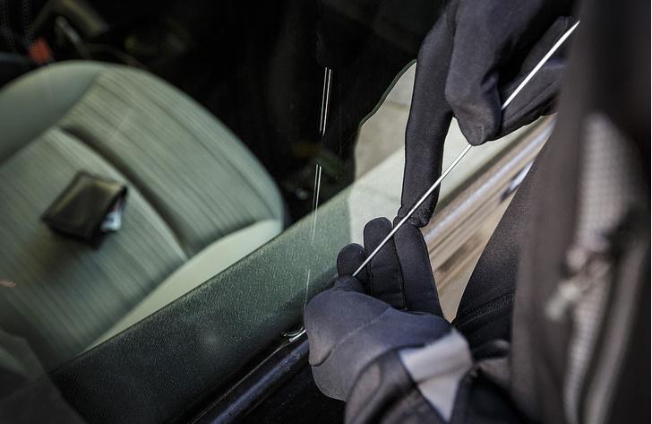 Фото №1 - Водителю в помощь: 9 приспособлений, которые помогают избежать аварии