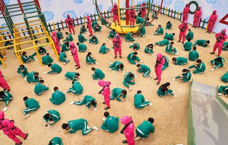 Фото №5 - «Игра в кальмара»: почему все подсели на сериал, где убивают людей?