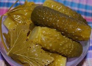 Фото №8 - Диетолог Андреев назвал самые вредные блюда русской кухни