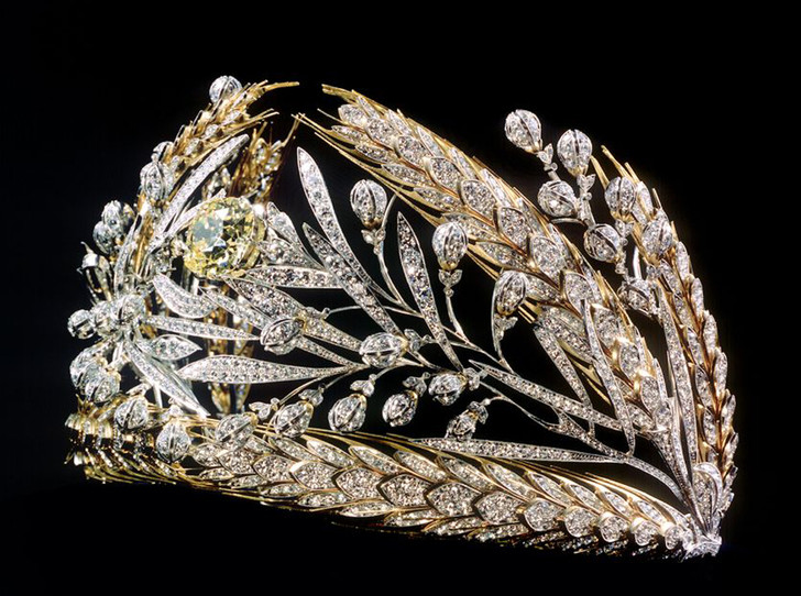 Фото №13 - Утраченные сокровища Империи: самые красивые тиары Романовых (и где они сейчас)
