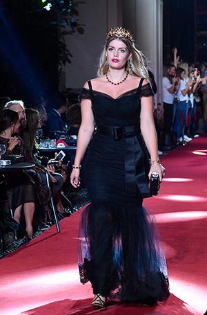 Фото №6 - Аристократки на секретном показе Dolce & Gabbana в Милане