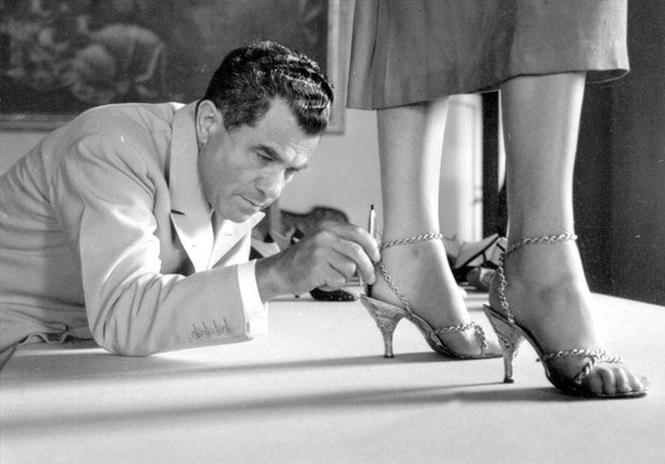 Фото №1 - Обувные бренды звезд, часть 3: Salvatore Ferragamo, Stuart Weitzman, Brian Atwood