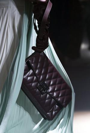 Фото №23 - Самые модные сумки осени и зимы 2020/21
