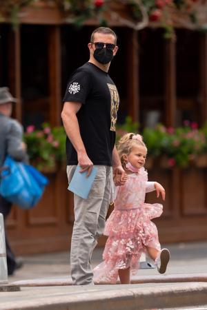 Фото №2 - Папина принцесса: Лея Купер Шейк— самая маленькая звезда Нью-Йорка