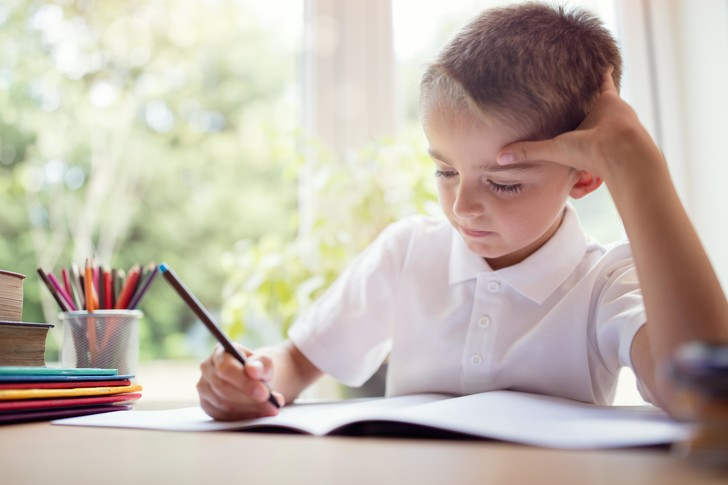 Должны ли родители покупать школьникам рабочие тетради?