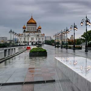 Фото №1 - Москвичи достают теплые вещи