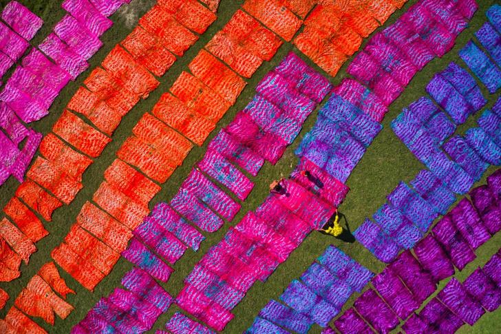 Фото №1 - Разноцветный батик